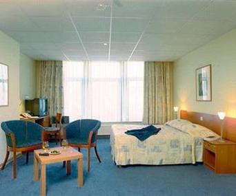 Eurostar + Hotel: Hotel Floris Ustel Midi