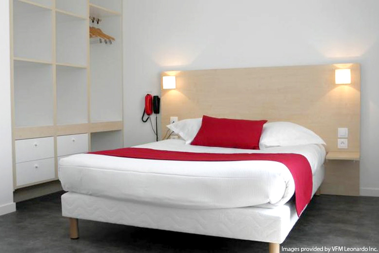 Eurostar + Hotel: Hotel Paris Saint Ouen