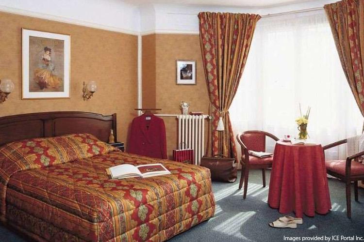 Eurostar + Hotel: Royal Fromentin